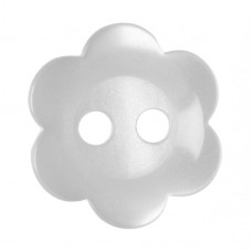 Button: Flower: Pearl White: 11.25mm: Pack 17
